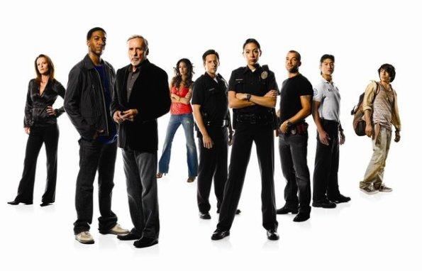 Foto promocional do elenco da série.